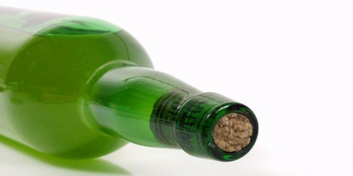The Asturian bottle of cider, unique in the world